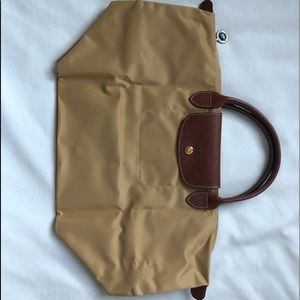 Brand New Longchamp Tote Never Used Tan